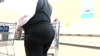 huge booty candid golf